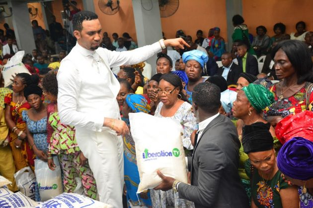 Dr Chris Okafor Empowers 108 Widows With N200000 Each As Part Of