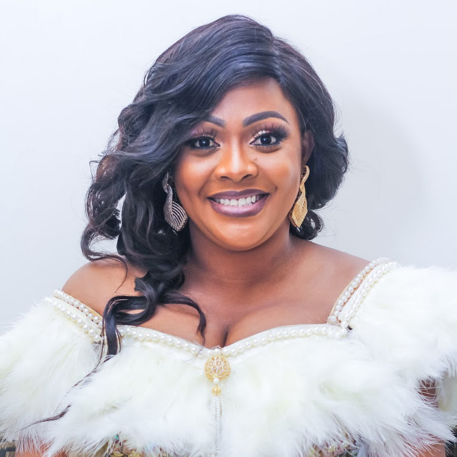 Helen Paul: I once consider scandals to become popular