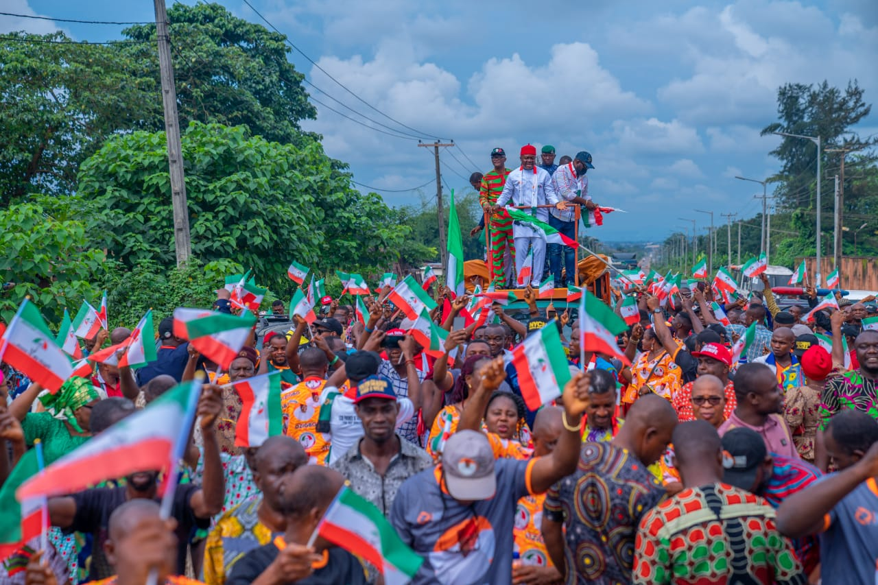 Jubilant crowd receives Ozigbo after appeal court victory